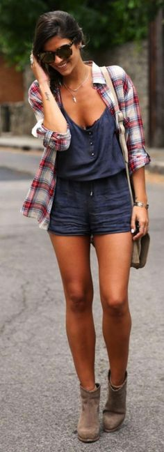 <3 Short Rompers are Kind of My thing in Office <3 45 Charming Summer Work Outfits to be Fashionista in your Office