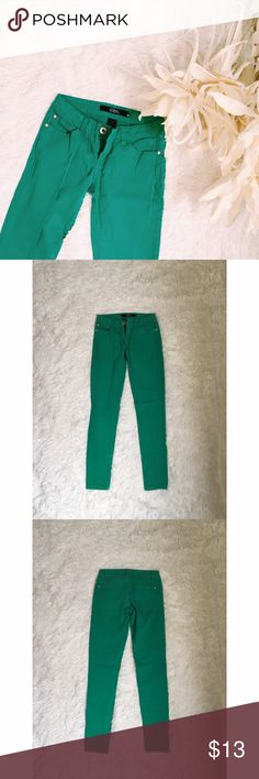 turquoise jeans offers welcome very simple turquoise jeans. Worn like once but in excellent condition. Let me know if you have any questions. Pants