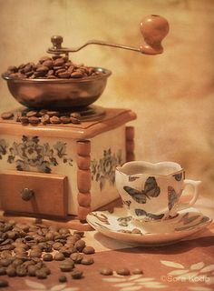 beans butterfly cup by Sora Kodo Fresh Coffee, Coffee Love, Coffee Shop, Coffee Coffee, Coffee Bean Art, Coffee Beans, Chocolates, Latte, Love Cafe