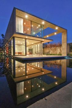 The Cresta - contemporary home
