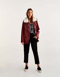 Tailored fit jogger trousers - Trousers - Clothing - Woman - PULL&BEAR France