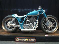 カスタムバイク No.94:SR400(YAMAHA) - カスタムバイク&USEDバイク Gravel Crew[グラベルクルー] - 三重県桑名市のオートバイショップ