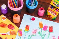 Paint some spring tulips with an unusual tool – a plastic fork! Pick your own unique color palette to create an original spring masterpiece.
