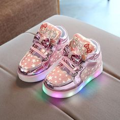 af9aee6649d 2017 Kids Casual Lighted Shoes Girls Glowing Sneakers Children Star Print  Shoes With Led Light Baby