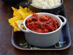Mausta karjalanpaistiliha uudella tavalla. Monikäyttöisestä lihasta syntyy maukas meksikolainen pata, joka saa lisää ruokaisuutta kidneypavuista.