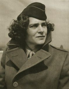 Margaret Bourke-White (American Photographer, First Female War Correspondent, 1904-71)