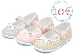 Tienda online de calzado infantil Okaaspain. Mercedita con estampado pitón con velcro y lazo. Calidad al mejor precio hecho en España.