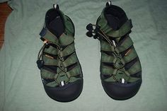 KEEN Newport H2 Newport Kids Sandals Army Green with red stitching Sz 3 Unisex