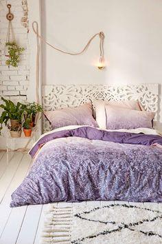 Best Dorm Room Decorating Ideas - Bedroom Decorating Tips | Teen Vogue