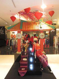 chinese new year ,creative display, vm, at metro dept store