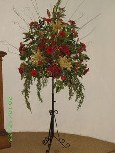 Christmas Flower Arrangements For Church
