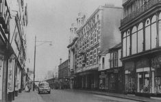 The huge cinema and 27 others that once thrilled the people of Swansea - Wales Online Swansea Wales, Saint Helens, Street Pictures, Cinema Theatre, York Street, Listed Building, Oxford Street, Theatres, Great Night