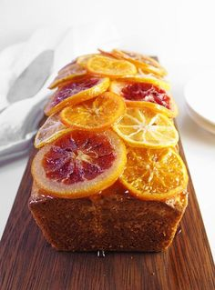 This candied citrus ricotta cake is unbelievably moist, topped with sweet candied citrus, and full of citrus flavor for a great winter dessert! Lemon Recipes, Cake Recipes, Dessert Recipes, Cake Story, Christmas Dinner Menu, Easy Cake Decorating, Decorating Ideas, Ricotta Cake, Winter Desserts