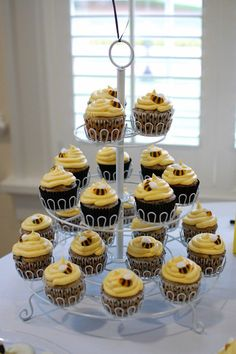 Bee Theme party - Up close of cupcakes...