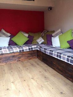 diy pallet corner sofa with cushion