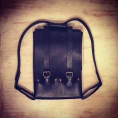 #Annoni #AnnoniBags #AnnoniBlack #BuenosAires #Argentina #BackPack #BackBlack #Handmade #BlackLeather #Leatherwork #Friday