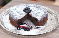 Fotorecept: Čokoládová torta bez múky Sweet Recipes, Paleo, Muffin, Food And Drink, Gluten Free, Sweets, Snacks, Cooking, Breakfast
