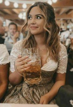 Oktoberfest Outfit, Octoberfest Girls, Octoberfest Costume, Beer Girl, Dirndl Dress, German Girls, German Beer, Beer Festival, Folklore