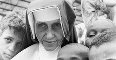 Irmã Dulce ganhou notoriedade por suas obras de caridade e de assistência aos pobres e necessitados, obras essas que ela praticava desde muito cedo