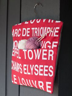 Red and white fabric Paris type peg by freshdarling on Etsy French Vintage, Vintage Style, Wooden Coat Hangers, Clothespin Bag, Peg Bag, Louvre, Knitted Bags, Vintage Fabrics, White Fabrics