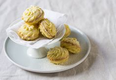 These lemony shortbread biscuits are sandwiched together with white chocolate and just melt in the mouth!