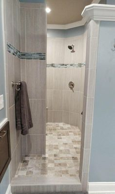 I really love this glorious photo Upstairs Bathrooms, Dream Bathrooms, Beautiful Bathrooms, Small Bathroom, Master Shower, Walk In Shower, Master Bathroom, Master Bath Remodel, Bathroom Design Luxury