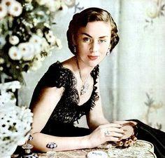 Vintage Jewelry Model