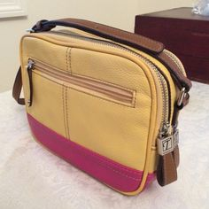 Like New Tignanello Crossbody Purse ~ Free Shipping ~ with built-in wallet