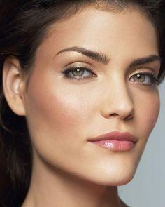 Cool Makeup for Green Eyes http://www.designsnext.com/?p=31860