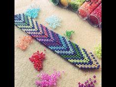 Bead Weaving Tutorial: Chevron or Arrow Bracelet Seed Bead Bracelets Tutorials, Beaded Bracelets Tutorial, Diy Bracelets Easy, Beaded Bracelet Patterns, Beading Tutorials, Beading Ideas, Beads Tutorial, Embroidery Bracelets, Chevron Armband
