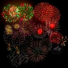 8 Helpful Tips for Firework Photography Fireworks Photography, Dslr Photography, Fireworks Photos, Photographing Fireworks, Beautiful Lights, Fourth Of July, Light Up, Helpful Hints, Christmas Tree