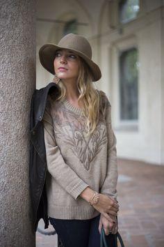 http://www.uglytruthofv.com/2013/10/16/nowadays-fashion-rules