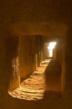 Dolmen de Viera. Conjunto Arqueológico Dólmenes de Antequera.