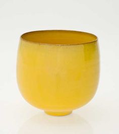 Gertrude and Otto Natzler, Untitled yellow bowl