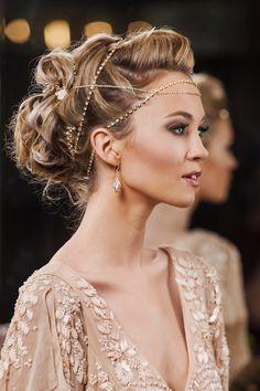 ~  we ❤ this! moncheribridals.com  #bridalheadpiece