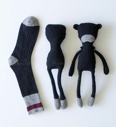 Step one: choose sock ❤ Step shape sock ❤ step add featuresBlack Bear Sock Doll wearing wool christmas shirt and vintage Sewing Toys, Sewing Crafts, Sewing Projects, Fabric Toys, Fabric Crafts, Doll Patterns, Sewing Patterns, Sock Crafts, Sock Toys