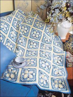 Make It Crochet | Your Daily Dose of Crochet Beauty | Free Crochet Pattern: Blue Ice Afghan