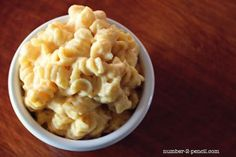 Meatless Monday: Creamy Crock Pot Mac & Cheese