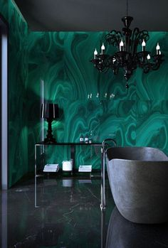 Marvelous #emerald malachite in the #bathroom. Lavishly luxe.