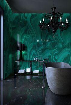 Marvelous #emerald malachite in the #bathroom. Lavishly luxe.