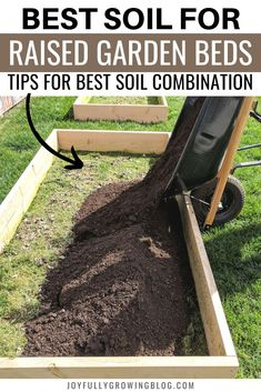 This guide will show you how to build cheap DIY raised garden beds + tips for soil preparation. Use these gardening ideas to create the best soil mixture in raised beds for your vegetable garden. 45 Affordable DIY Design Ideas for a Vegetable Garden Cheap Raised Garden Beds, Building Raised Garden Beds, Small Garden Bed Ideas, Raised Garden Beds Cinder Blocks, Cheap Garden Ideas, Planting Raised Garden Beds, Metal Garden Beds, Raised Bed Garden Design, Diy Garden Bed