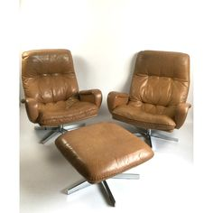 """Vintage De Sede S 231 James Bond Swivel Lounge Leather Armchairs 1960s. A similar chair was used as a prop in the 1969 James Bond film """"On Her Majesty's Secret Service"""""""