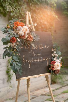 Wedding Arch Flowers, Orange Wedding Flowers, Flowers For Weddings, Diy Wedding Flower Arrangements, Orange Wedding Decor, May Wedding Colors, Bohemian Wedding Flowers, Vintage Wedding Colors, Boho Wedding Bouquet