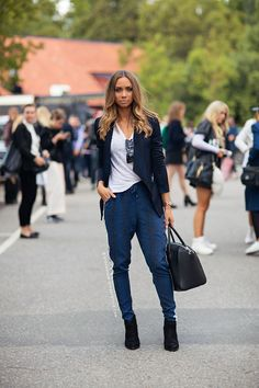 Read more and comment! http://carolinesmode.com/stockholmstreetstyle/art/308385/lisa_olsson/
