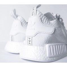 Want it! Don't you? #sneakers #love #inspo #instagram #instadaily #adidas #tumblr #tumblrgirl #followme #followback #like4like #fashion #kyliejenner #kimkardashian #khloekardashian #kourtneykardashian #yeezy #white by charmevogue