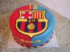 FC Barcelona cake Pastel Del Barcelona, Barcelona Cake, Barcelona Party, Sport Cakes, Cakes For Boys, Allrecipes, Cake Pops, Food Inspiration, Fondant