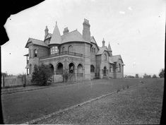 "Camelot (Horbury Hunt Mansion of Mrs White,owner of the racehorse Carbine),Camden, in south western Sydney in c1905. The house has been used in the tv drama ""A Place to Call Home"". Photo from Dictionary of Sydney"