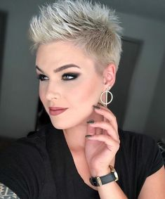Just sitting here thinking about how good God is 🖤 Happy Tuesday babes! Just sitting here thinking about how good God is 🖤 Happy Tuesday babes! Funky Short Hair, Super Short Hair, Short Hairstyles For Thick Hair, Short Grey Hair, Short Pixie Haircuts, Short Hair Cuts For Women, Curly Hair Styles, Short Blonde, Blonde Hair