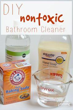 DIY Nontoxic Bathroom Cleaner