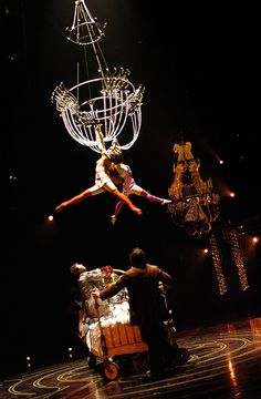 Cirque Du Soleil, Corteo
